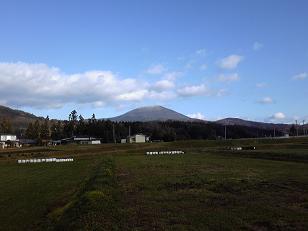初冬の室根山.jpg